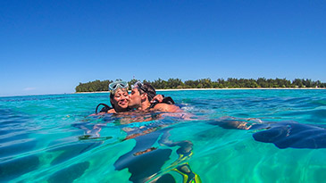 Activities in the Seychelles - snorkelling, diving, boat trips
