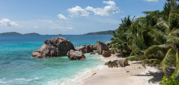 tour-excursion-ride-and-sail-full-day-on-la-digue-4