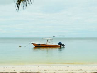 fishing-tour-full-day-fishing-around-praslin-img-498