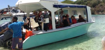 tour-excursion-best-tours-seychelles-glass-bottom-boat-tour-st-anne-marine-park-2