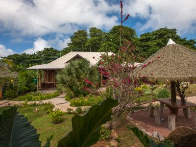La Digue Holiday Villa