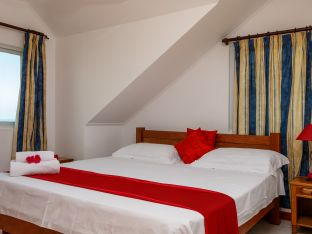 Appartement mit Kingsize-Bett