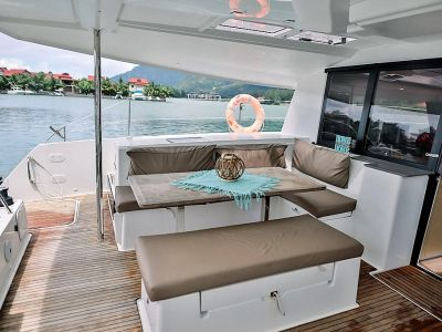 Coco Charter Little Seychelles