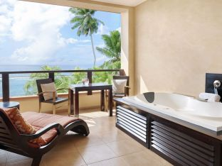 King Grand Deluxe Ocean View Room mit Jacuzzi