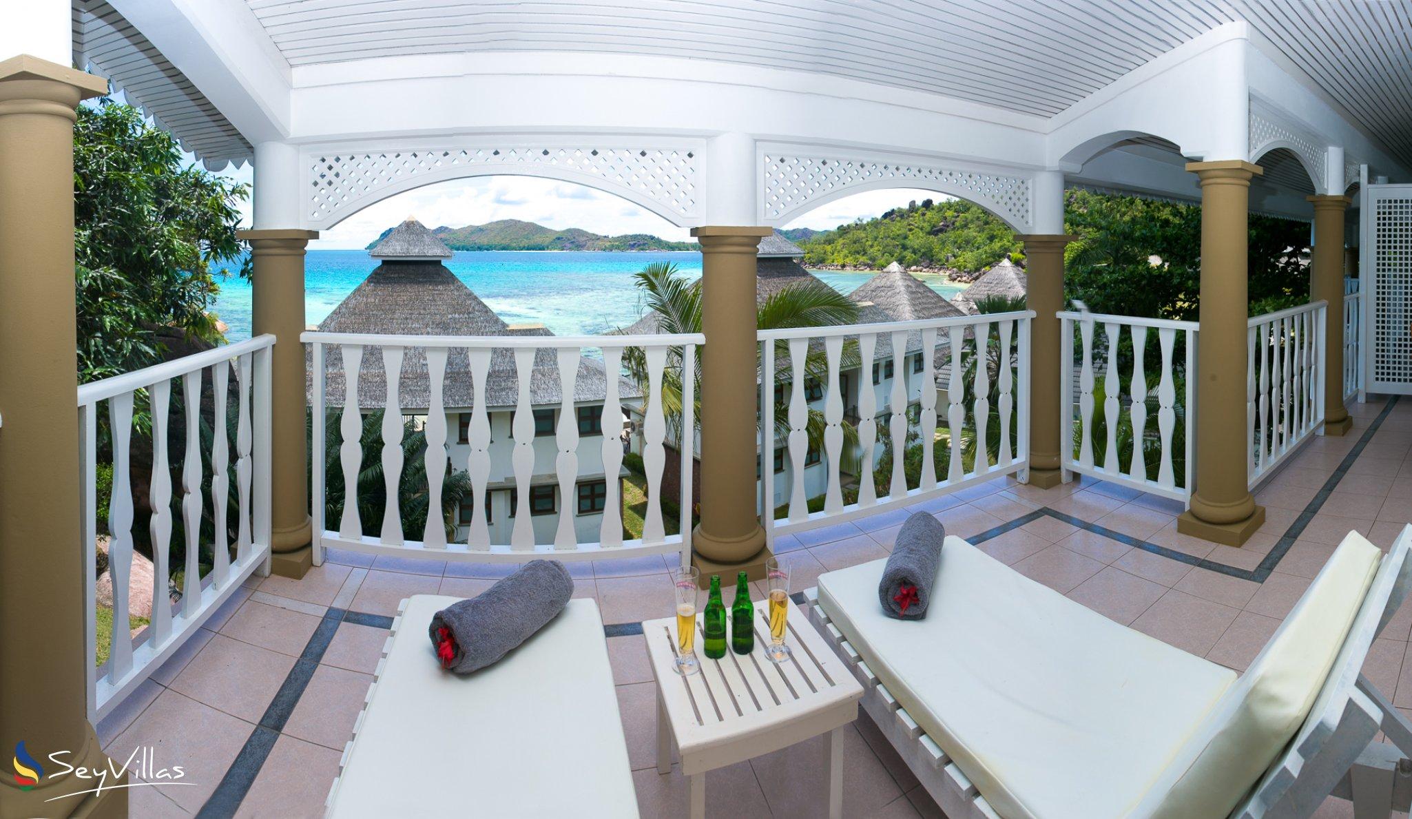 hotel le domaine de la reserve auf praslin seychellen. Black Bedroom Furniture Sets. Home Design Ideas