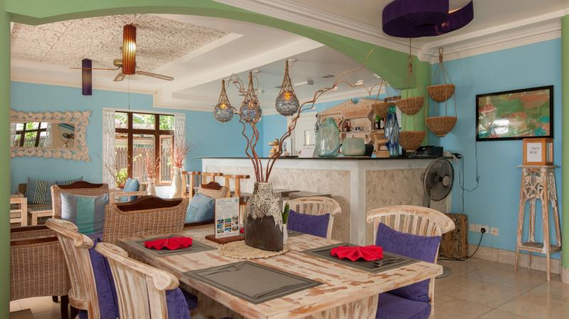 Le Relax Beach House Restaurant